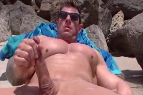 Zeb Atlas stroking (2014)