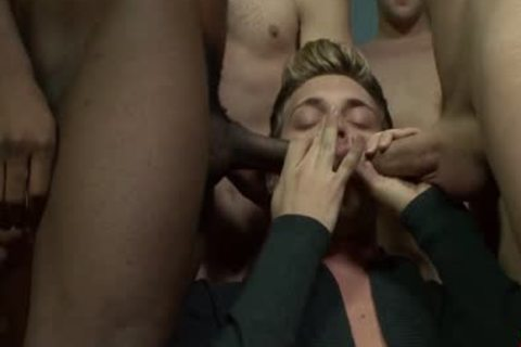 blond Blue Eyed Hunk Is On His Knees Getting His fashionable Face Creamed