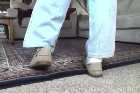 Here I am Wearing My recent Beige Suede Sebago Docker Boat Shoes.  They actually Feel Great On My Feet And Make My rod Tingle Just Wearing 'em.  I Hope Your rod Will Do greater quantity Then Tingle As u Watch Me Show Off those lascivious Boats Shoes