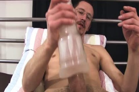 Joris loves To jack off With His recent vibrator