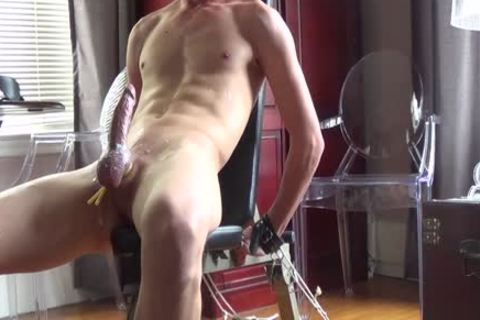 I Think I Have A new lad!  21 Year daddy guy And this chap likes Sir Training His 10-Pounder For Him.   ;) This Is Footage From A 90 Minute Training Session, And lastly At The End I Let That delicious 10-Pounder Of His Explode