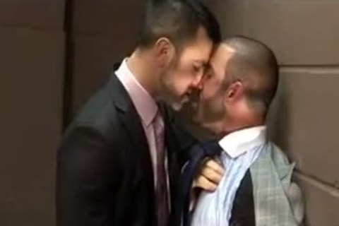 stunning Hunks sucking In The Office