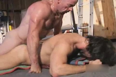 Interracial hairy Muscle Bb