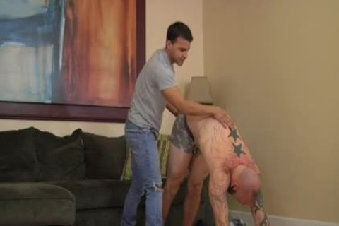 smutty Tony - Reid Hartley nails Paul Stack