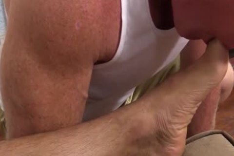 Muscled Dev Likes Licking Toes As Javi Wanks His large penis
