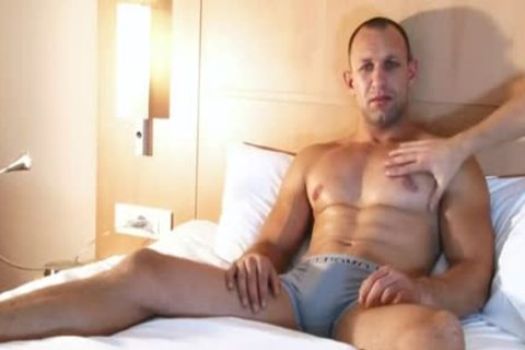 Full video: A admirable innocent straight twink Serviced His large dick By A twink