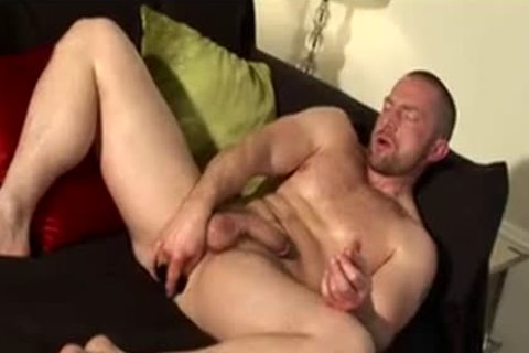 beefy Muscled Rugby daddy Solo love juice