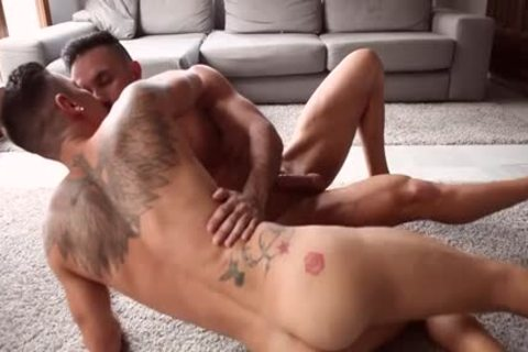 Muscle homosexual Flip Flop With cumshot