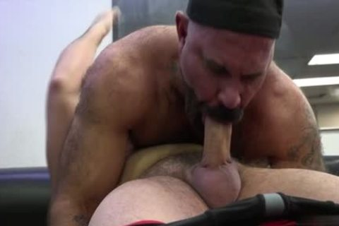 Muscle Bear butthole-copulation With cock juice flow