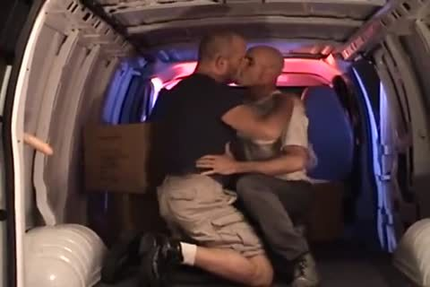 hot pound In The Back Of My Van