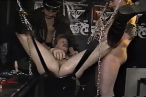 In The Shaft , A Leatherbar In Nl (vintage).mp4