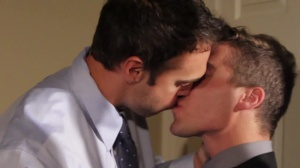 Mail Mix Up - Rocco Reed & Tyler Morgan anal Hump