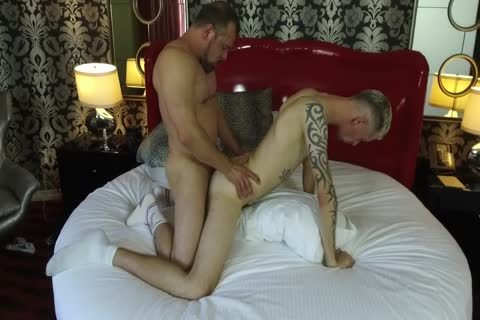 Robert Rexton acquires drilled By Muscle Daddies Max Sargent & Chance Caldwell