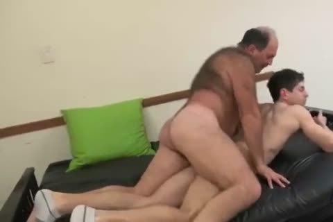 Married Handyman's cock Needs Some Fixing