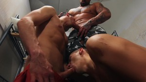 bare Lockup two - Collin lust & Killiam Wesker 69 Hook up