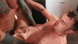 Drill My Hole: Inked Markus Kage sneaky handjob in the bath