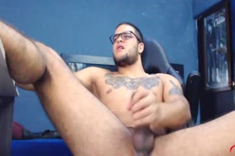 JockMenLive - Dirian C - Ripped Hunk Jerks Off His enormous penis In Gaming Chair