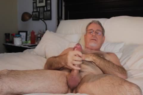 hot juicy BEAR wank HIS HARDONE