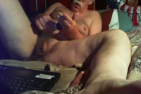 Dale A Ladd Exposes Himself Wanting group-sex