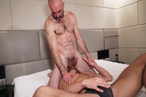JR & CK Ripped Daddy fucks Younger