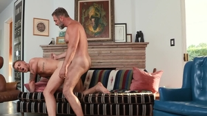IconMale.com: Danny Gunn touches huge penis
