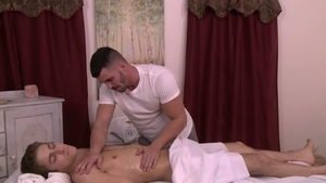 IconMale: Muscled Brogan Reed and Calvin Banks reality rimjob