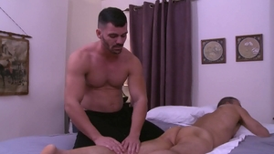 IconMale: Brogan Reed demonstrates big cock