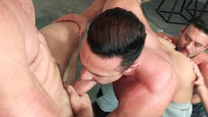 HotHouse.com: Athletic hunk Ryan Rose nailed by big penis stud