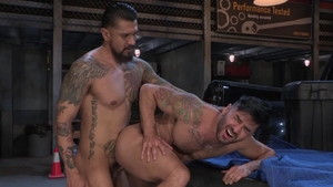 HotHouse: Thick Bruno Bernal among Boomer Banks tongue
