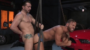 Hot House - Bulge Jimmy Durano spitting in the hood